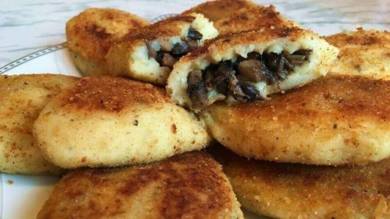 Картофельные зразы с грибами, рецепты  в духовке и на сковороде